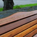 Bench with inscription 'Born to be wild - Dinks Nash - Loved forever'